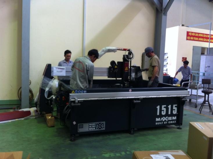lắp đặt máy cắt CNC