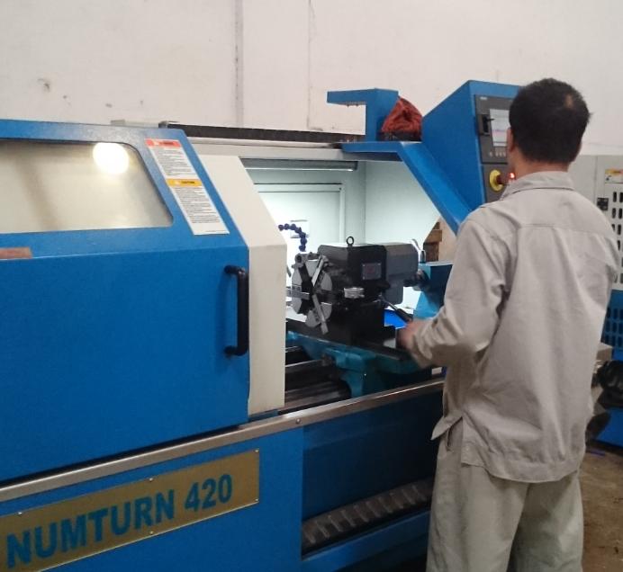 bảo trì máy tiện, bảo dưỡng máy tiện CNC