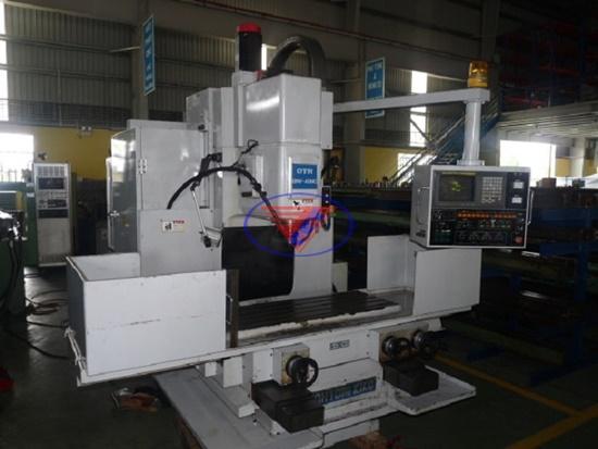 Mua máy khoan CNC