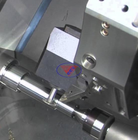 cách vận hành máy tiện CNC