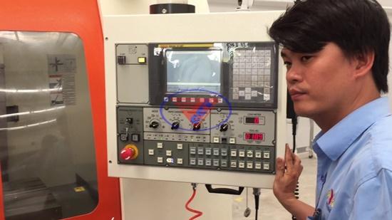 Máy tiện CNC Fanuc