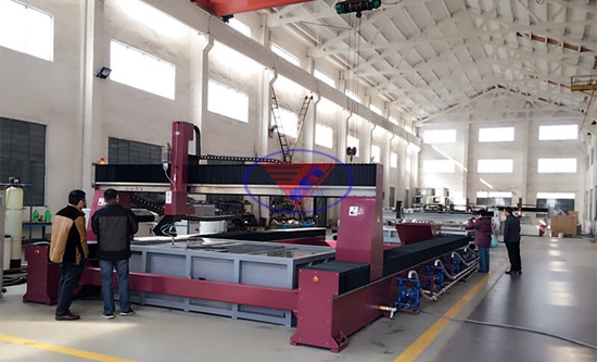 Phương pháp gia công bằng máy cắt tia nước CNC