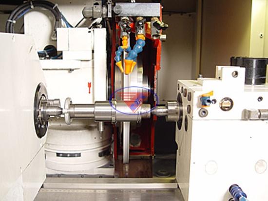 bán máy mài tròn CNC