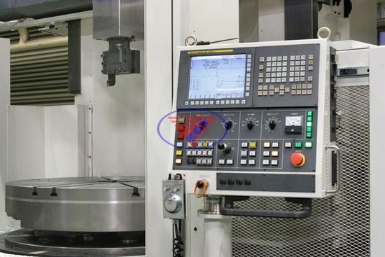 vận hành máy phay CNC