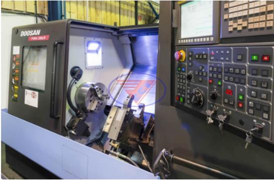 Máy tiện CNC 5 trục là gì?