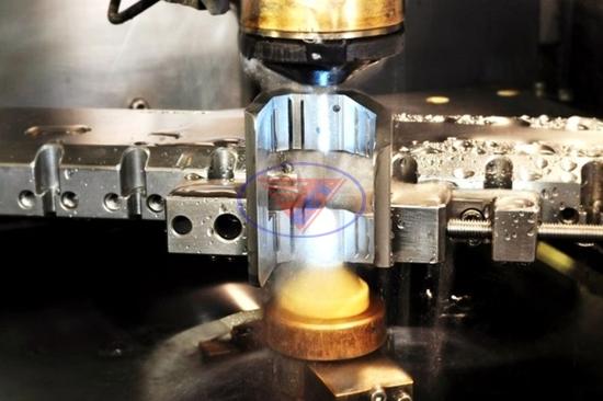 phân loại máy cắt dây
